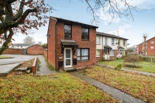3 Bedrooms End Of Terrace House for sale in Loudon Path, Ashford, Kent, .