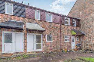 2 Bedrooms Terraced House for sale in Orbit Close, Walderslade, Chatham, Kent