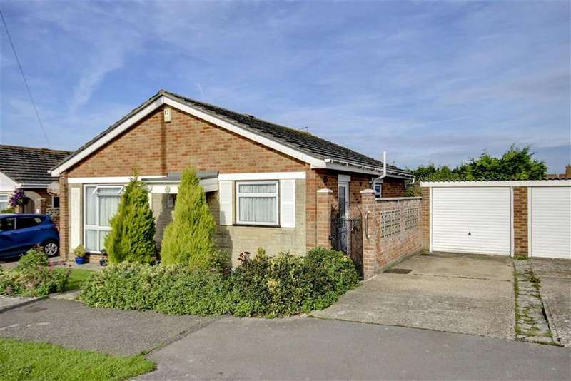 2 Bedrooms Detached Bungalow for sale in Greenwell Close, Seaford