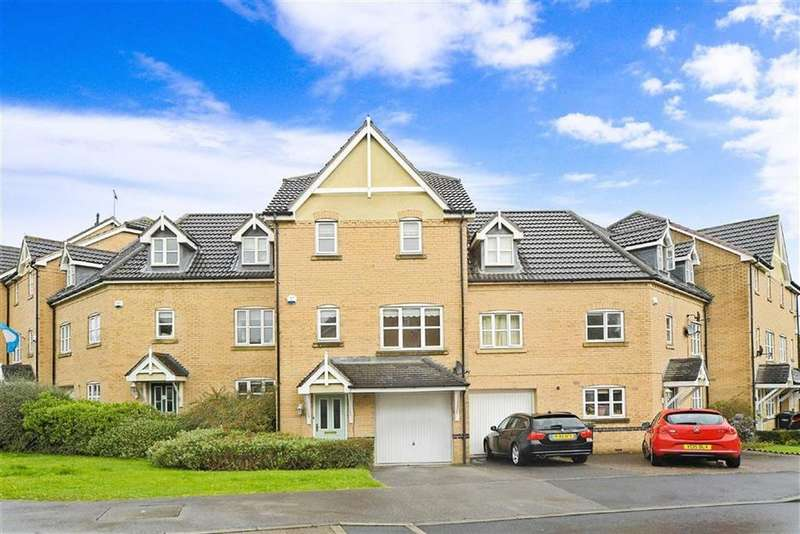 3 Bedrooms Town House for sale in Nightingale Drive, Harrogate, North Yorkshire