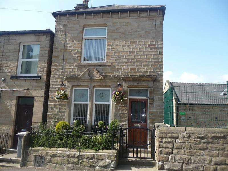 3 Bedrooms Detached House for sale in Chapel Lane