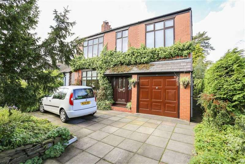 4 Bedrooms Detached House for sale in Windlehurst Road, High Lane, Cheshire