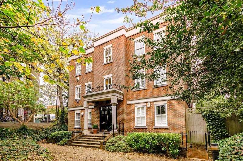 3 Bedrooms Flat for sale in Cholmeley Park, Highgate, N6