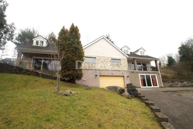 6 Bedrooms Detached House for sale in Manor Way, Abersychan