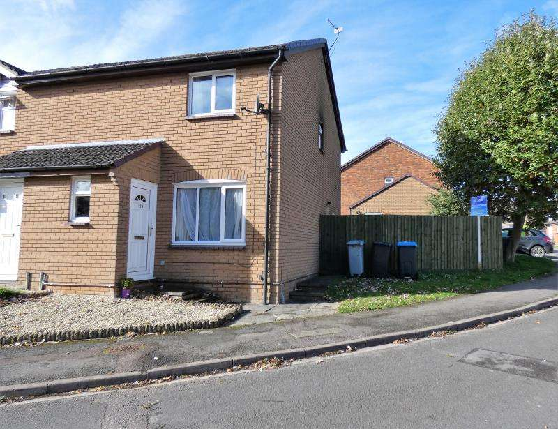 3 Bedrooms Semi Detached House for sale in Bracken Close, Carterton, Oxon