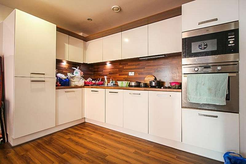 1 Bedroom Flat for sale in Fairbanks Court, Atlip Road, Wembley, HA0