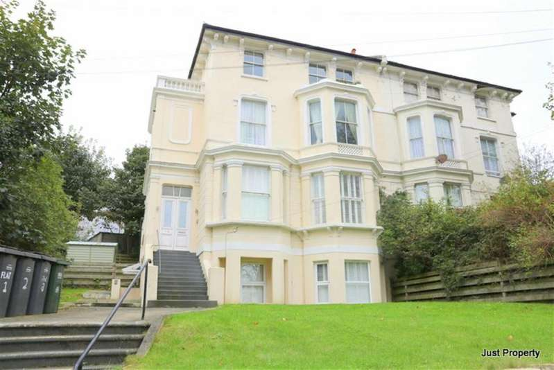2 Bedrooms Apartment Flat for sale in London Road, St Leonards On Sea
