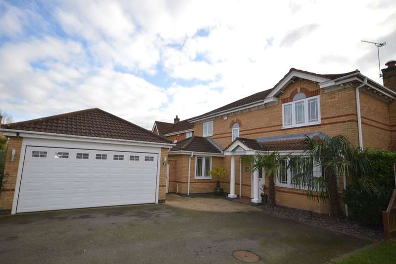 4 Bedrooms Detached House for sale in Elliot Close, Whetstone, Leicester, LE8