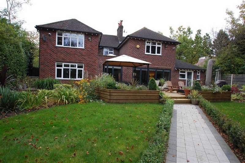 4 Bedrooms Detached House for sale in Woodford Road, Woodford, Cheshire