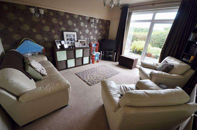 3 Bedrooms Semi Detached House for sale in Cavendish Road, Rochdale