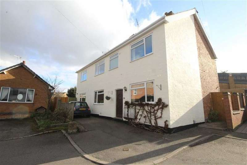3 Bedrooms Semi Detached House for sale in Avon Road, Leamington Spa, Warwickshire, CV31