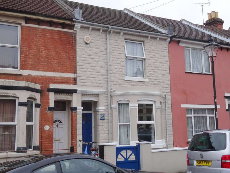 3 Bedrooms Terraced House for sale in Elmhurst Road, Gosport PO12
