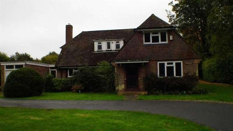4 Bedrooms Detached House for rent in Vicarage Lane, Faversham, Kent