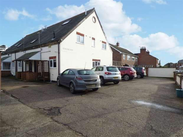 4 Bedrooms Flat for sale in The Avenue, Wivenhoe, Colchester, Essex