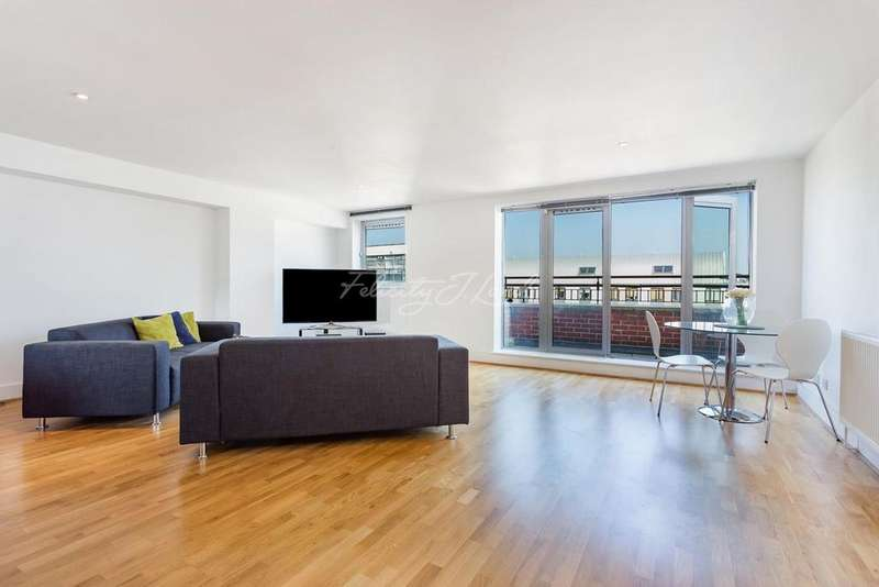2 Bedrooms Flat for sale in Hatton Garden, EC1N