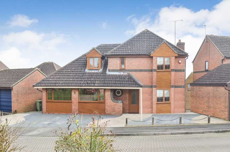4 Bedrooms Detached House for sale in Racecourses