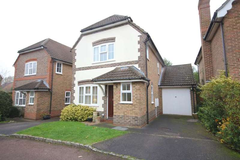 3 Bedrooms Detached House for rent in Saturn Croft, Winkfield Road
