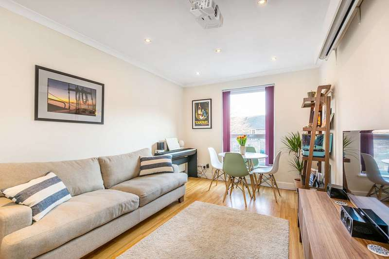 1 Bedroom Flat for sale in Garfield Road, Twickenham, TW1