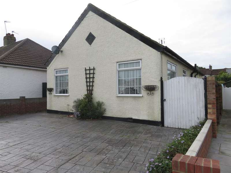 2 Bedrooms Detached House for sale in Glenmore Road, Welling, Kent. DA16 3BN