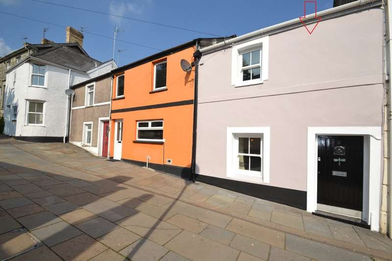3 Bedrooms Terraced House for sale in 2 Newcastle Hill, Bridgend, Bridgend County Borough, CF31 4EY.