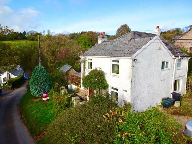 3 Bedrooms Detached House for sale in Sarnau, Brecon, Powys