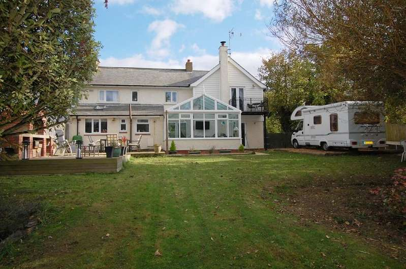 4 Bedrooms Cottage House for sale in Paston Road, Mundesley