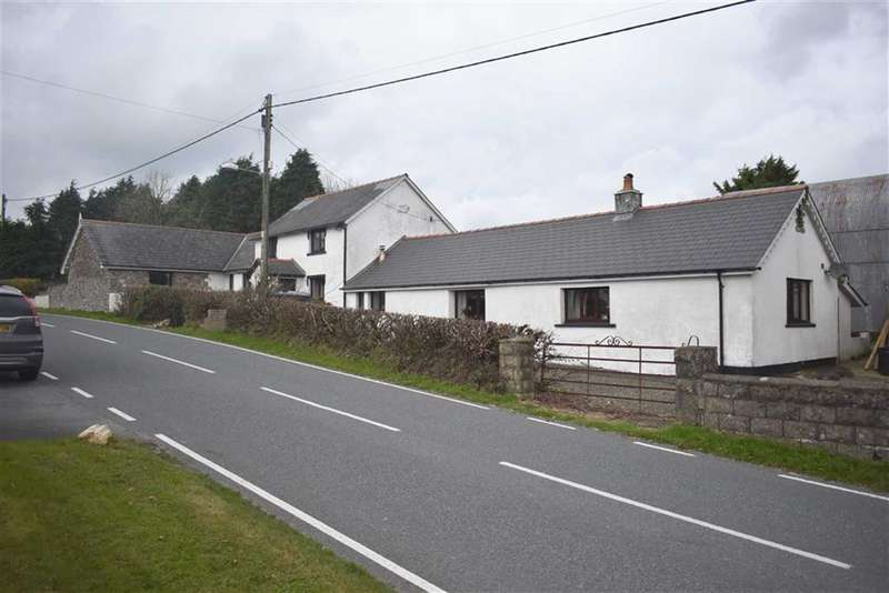 5 Bedrooms Property for sale in Cwmsychbant, Llanybydder
