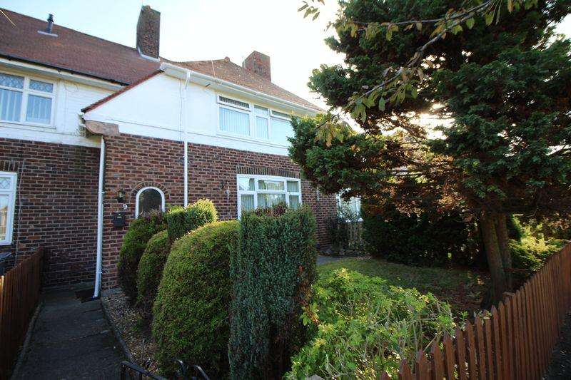 3 Bedrooms Terraced House for sale in Eastern Avenue, Bromborough