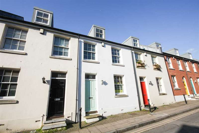 4 Bedrooms House for sale in Portland Street, Brighton