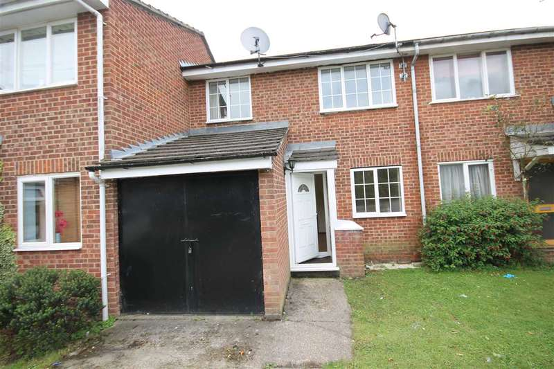 3 Bedrooms Terraced House for rent in Evergreen Way, Hayes