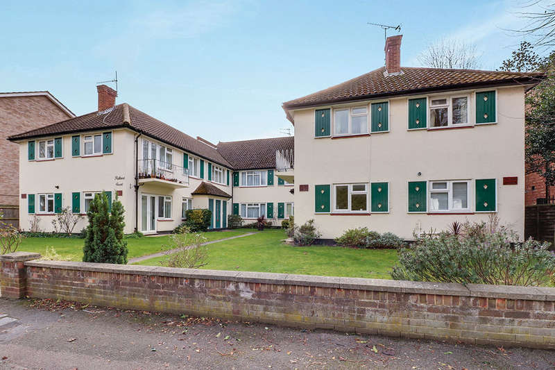 2 Bedrooms Flat for sale in Palace Road, Kingston Upon Thames, KT1