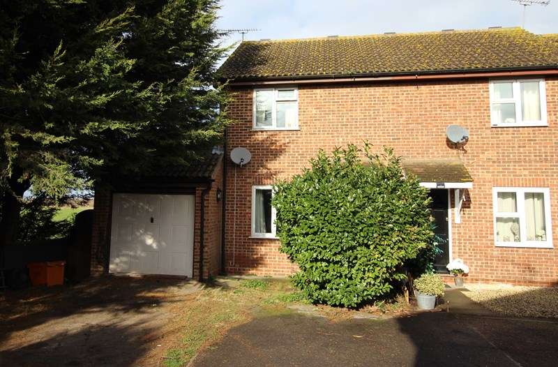 2 Bedrooms End Of Terrace House for sale in Glorious Farmland Views, Little Wakering
