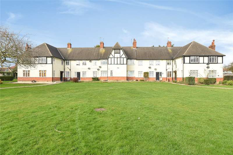 3 Bedrooms Apartment Flat for sale in Ruislip Court, Raleigh Close, Ruislip, Middlesex, HA4