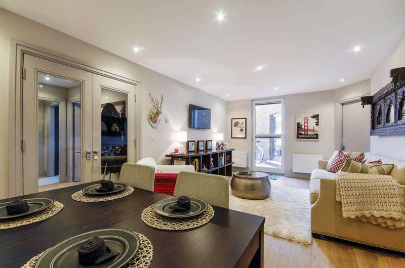 2 Bedrooms Flat for sale in The Quadrant, Richmond, Richmond, TW9