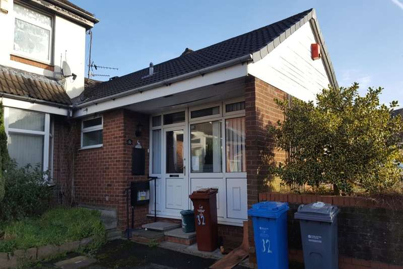 1 Bedroom Semi Detached Bungalow for sale in Ketton Close, Manchester, M11