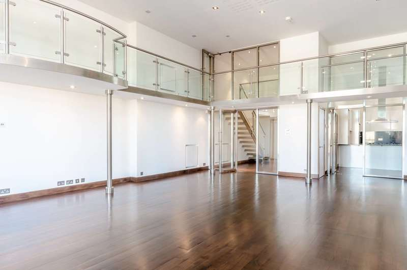 4 Bedrooms Flat for sale in Peterborough Road, Hurlingham, SW6