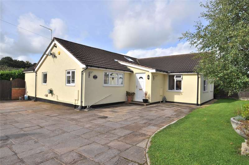 3 Bedrooms Detached Bungalow for sale in Gables Road, Willand, Cullompton, Devon, EX15
