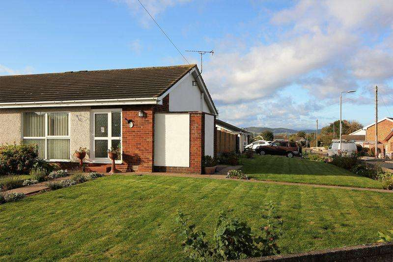2 Bedrooms Semi Detached Bungalow for sale in Vicarage Lane, Rhyl