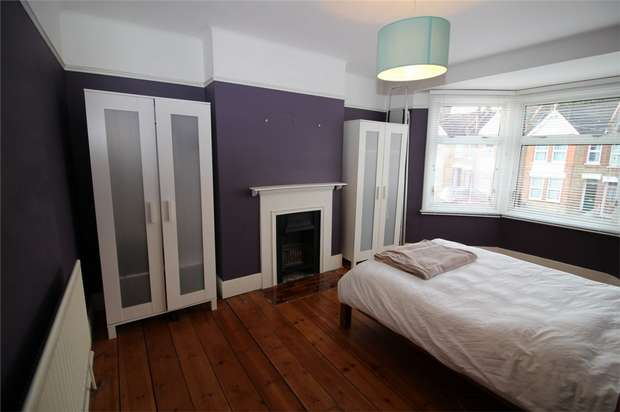 3 Bedrooms End Of Terrace House for sale in Pelham Road, Beckenham, Kent