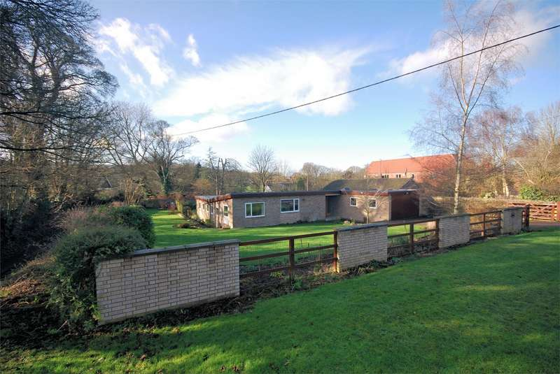 3 Bedrooms Detached House for sale in Hale Road, Wendover, Buckinghamshire