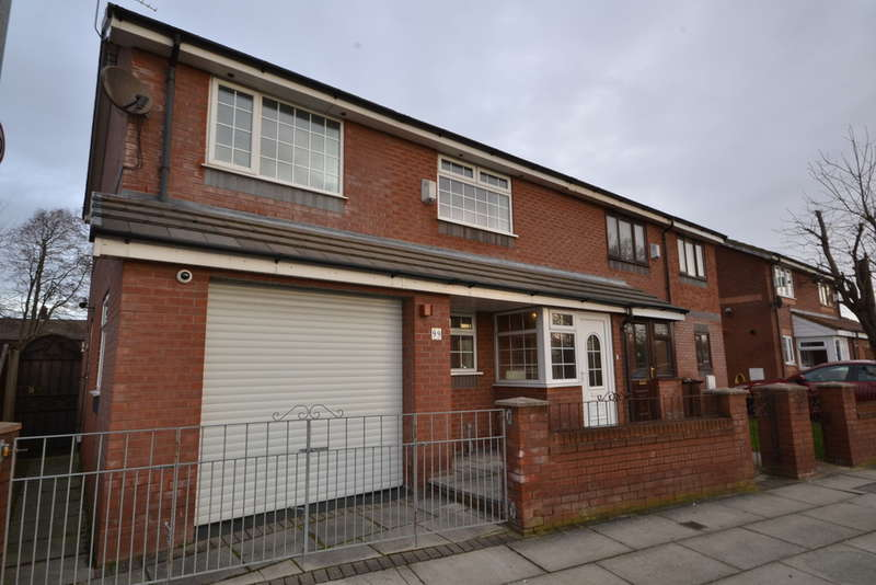 4 Bedrooms Semi Detached House for sale in Poulsom Drive, Bootle, L30