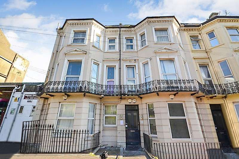 2 Bedrooms Flat for rent in St Margarets Road, St Leonards On Sea, TN37