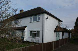 2 Bedrooms Maisonette Flat for sale in Gresham Avenue, Warlingham, Surrey