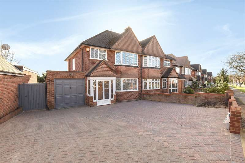 3 Bedrooms Semi Detached House for sale in St. Georges Drive, Ickenham, Uxbridge, Middlesex, UB10