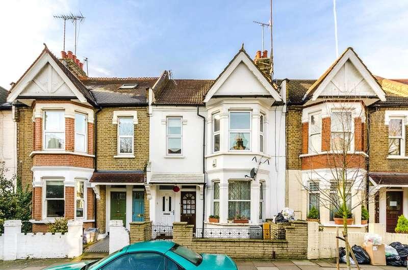 3 Bedrooms Maisonette Flat for sale in Eynham Road, Shepherd's Bush, W12