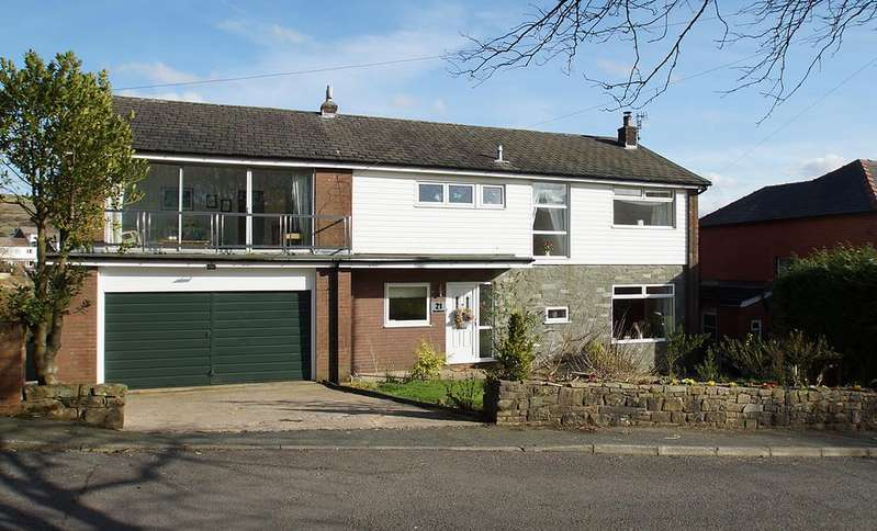 5 Bedrooms Detached House for sale in Ainley Wood, Delph OL3