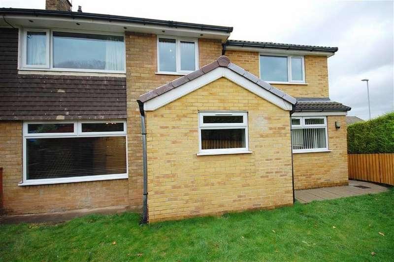 4 Bedrooms Semi Detached House for sale in Hazelwood Avenue, Garforth, Leeds, LS25