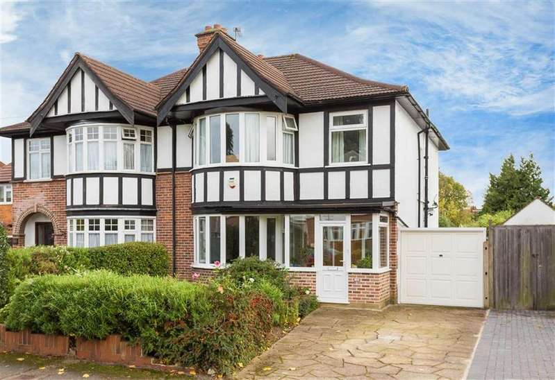 3 Bedrooms Semi Detached House for sale in The Chase, Pinner, Middlesex