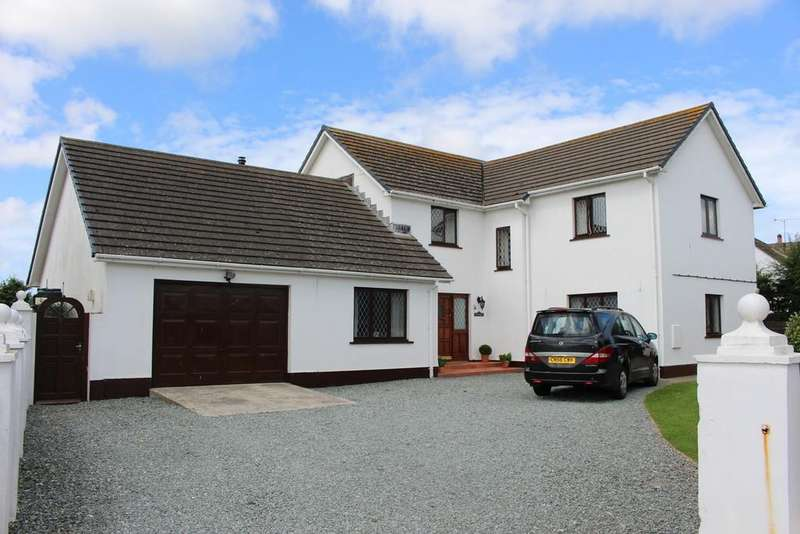 5 Bedrooms Detached House for sale in Sandy Haven Drive, Herbrandston