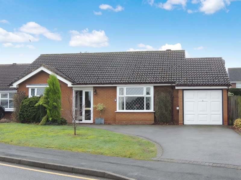 2 Bedrooms Bungalow for sale in Wilton Road, Balsall Common, Coventry, CV7 7QW